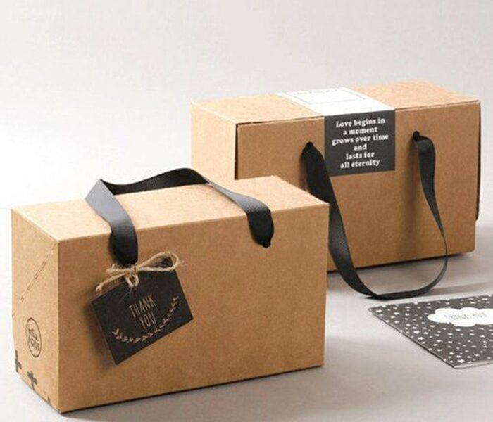 box-with-handle
